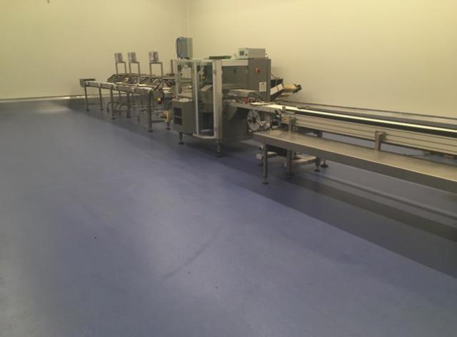 Nieuwe acrylaatvloer bij Groep A. De Witte vestiging De Swert - 5