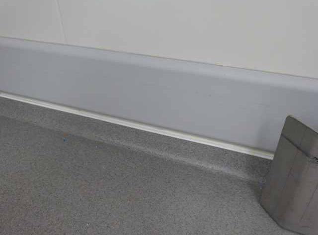 Acrylaatgietvloer door Devafloor: na