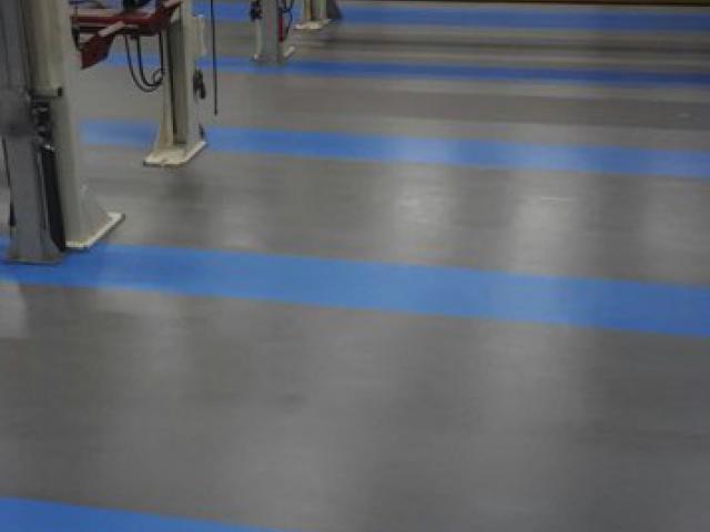 Nieuwe acrylaatvloer bij garage DAF in Zoeterwoude - 5